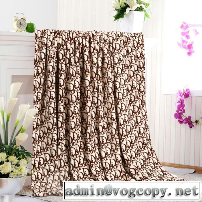 秋冬 dior ディオール 2014 ★超特価★ 優れた発熱性 肌触りのいい ふんわり毛布