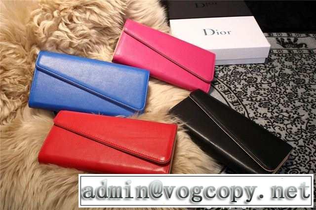 2015 ◆モデル愛用◆ dior ディオール レディース財布 スナップボタン式開閉 4色可選 m2202