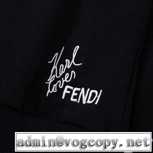 プルオーバーパーカー 切りっぱなしデザイン フェンディ FENDI パーカー 【2019年】夏のファッション