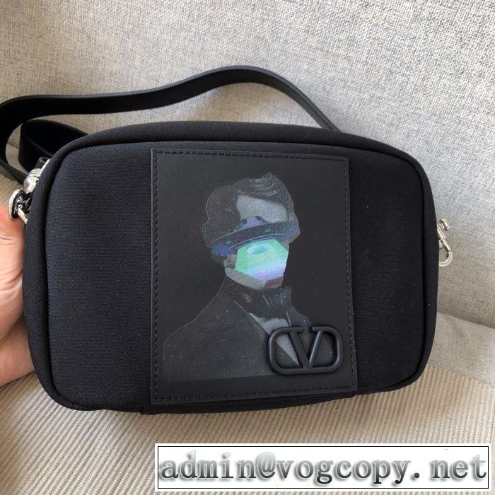 シンプルなファッション ミニバッグ 2020モデル  ヴァレンティノ VALENTINO