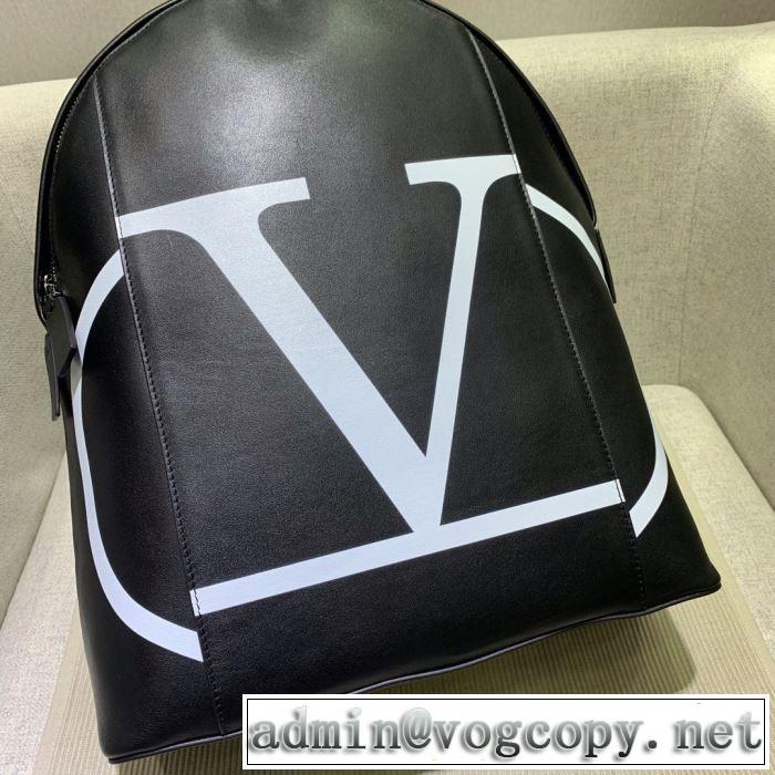 リュック 20新作です  ヴァレンティノ デザインお洒落  VALENTINO  ストリート系に大人気