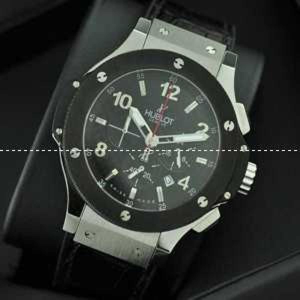 日本製クオーツVK Hublotウブロ メンズ腕時計 日付表示 ラバー 42MM