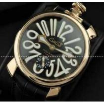 洗練されたガガミラノ ホワイト インデックス 清潔感に溢れる腕時計.